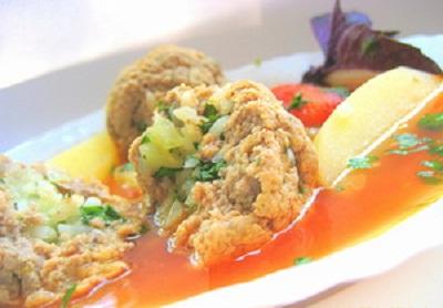 Как готовить салат цезарь с курицей и сухариками простой