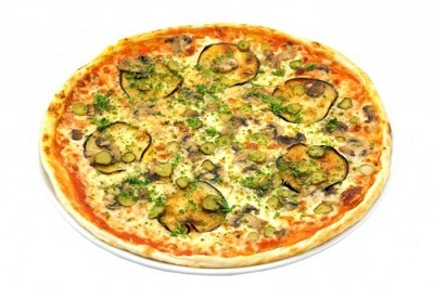 Пицца с грибами и баклажанами